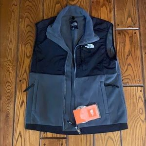 North face vest